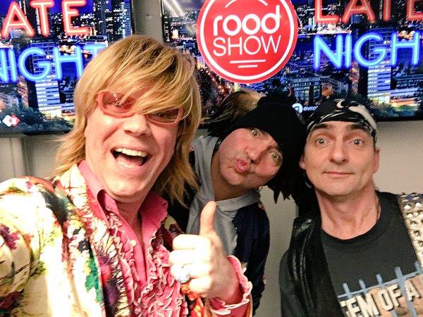 De Sjonnies bij De Roodshow op Radio2